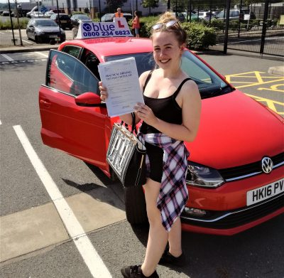 Farnborough Driving test pass for Bethany Robinson
