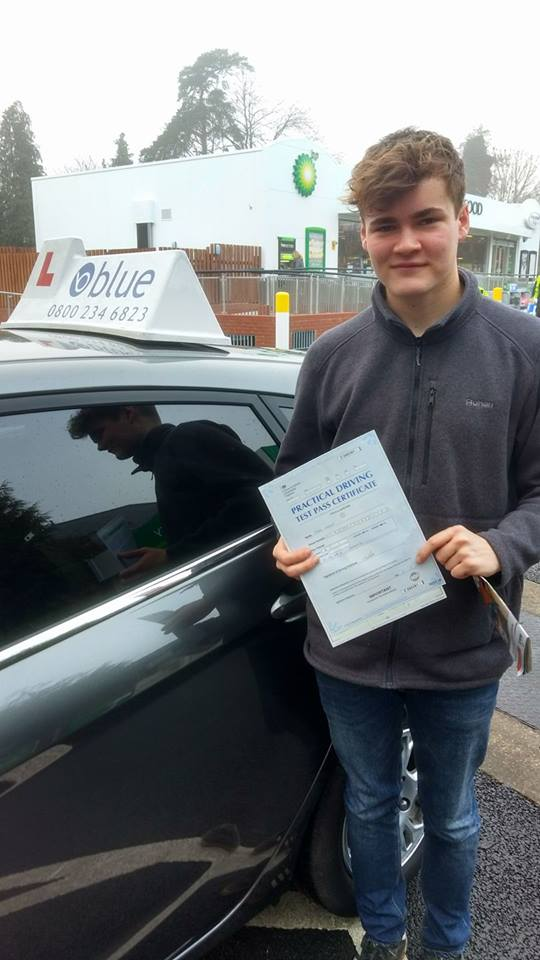 Driving Lessons in Wokingam