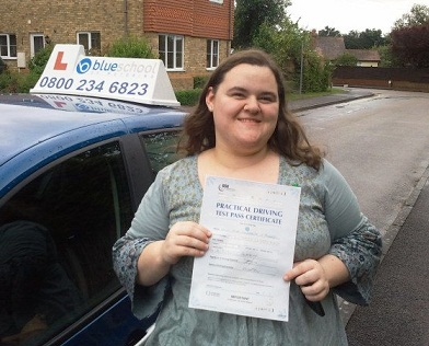Faye-Pennel-driving-lesson-wokingham