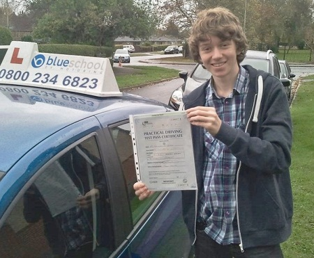 driving-lessons-woodley-Sam-Blake
