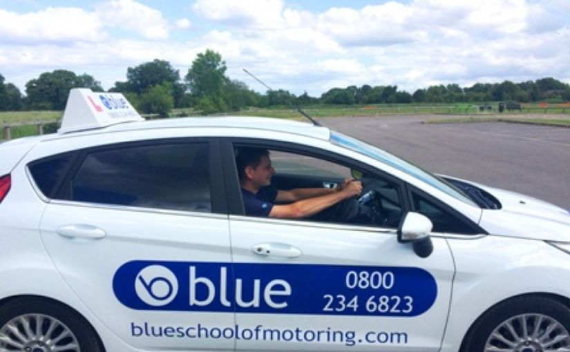 10 simple steps on how to become a driving instructor