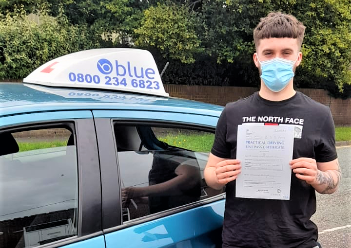 Adam Szlachcic passed his Driving test in Reading