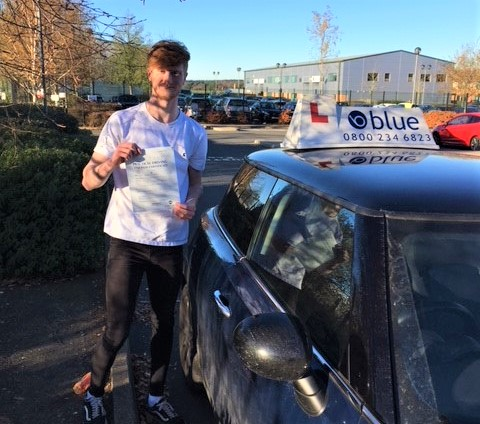 Bracknell Driving Lessons for Owen McClellend