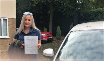 Bracknell Driving Test Pass for Amelia Corney