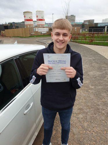 Bracknell Driving Test Pass for Kieran Harwood