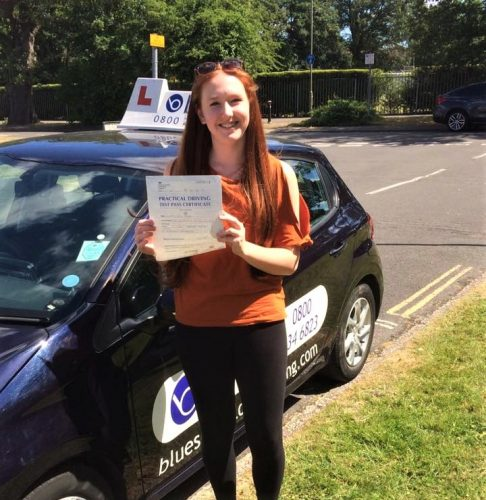 Bracknell Driving Test Pass for Lauren Hayes