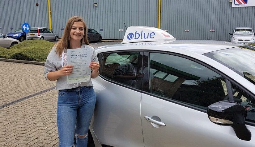 Pass for Molly Field of Bracknell, Berkshire passed her driving test with only ONE fault