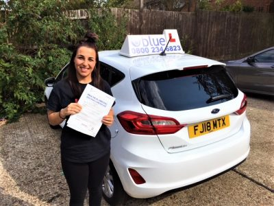 Bracknell Driving Test pass for April Clayton