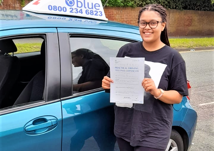 Chelsea Kalinga passed her Driving Test in Reading