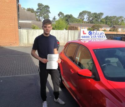 Farnborough-Driving-Test-Pass-for-Arron-Edwards