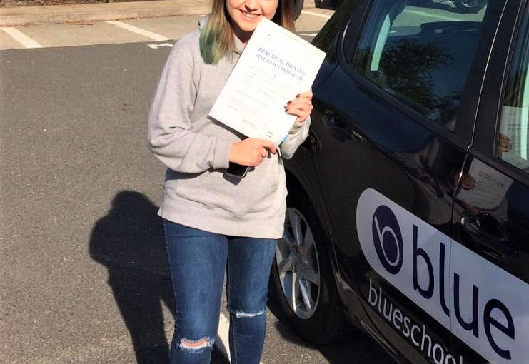 Congratulations to Emilia John from Owlsmoor Driving Test Pass in Farnborough