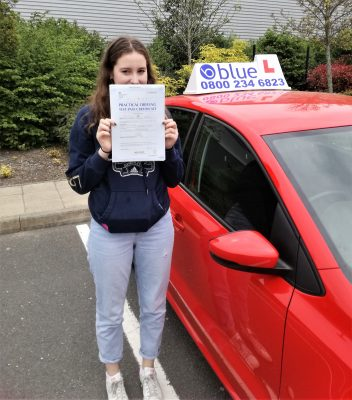 Farnborough-Driving-Test-Pass-for-Lucy-Anderson