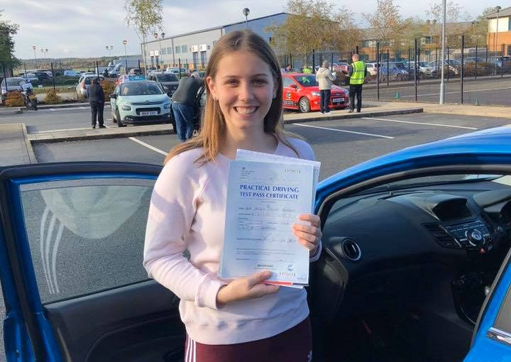 Farnborough Driving Test pass for Amelia