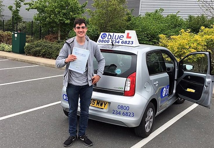 Congratulations to Cameron Miller from Crowthorne passed hsi driving test in Farnborough
