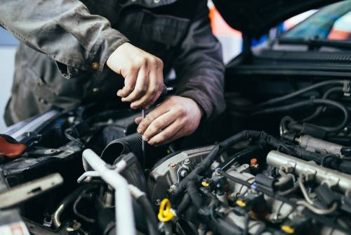 How Should Be A Professional Diesel Mechanic1