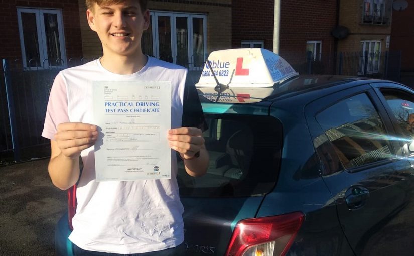Reading Driving Test pass for Joel Cripps from Woodley