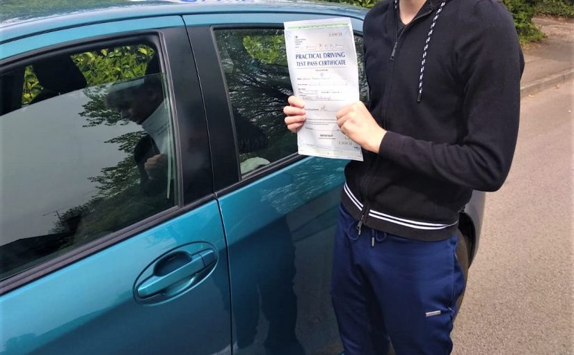 First Time Driving Test Pass for Ollie Hewitt of Reading in Berkshire