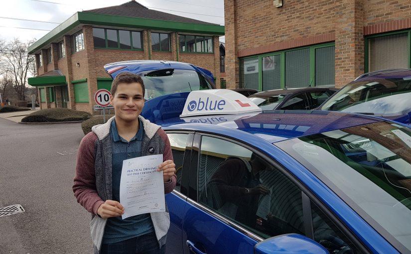 Sunningdale driving lessons for Josh Roel