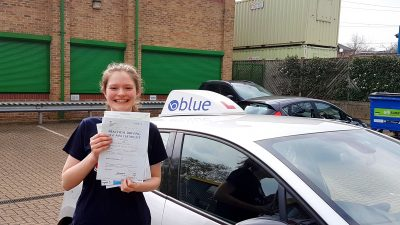 Sunninghill Driving lessons for Nicole Warren