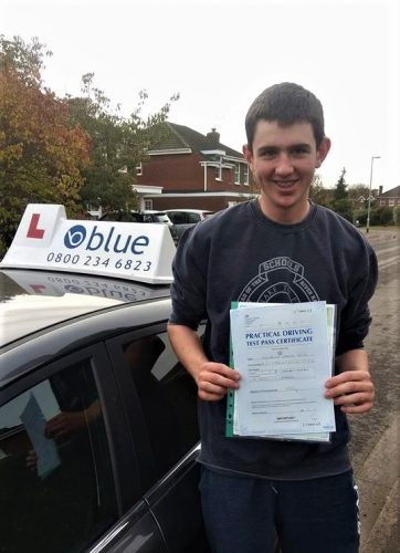 Wargrave Driving Lessons for Lachlan Reid