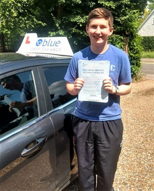 Winnersh Driving Lessons for Hugh Doyle