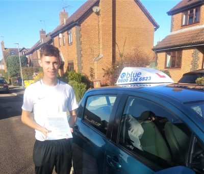 Winnersh Driving Test pass for Louis Rodriguez2