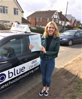 Wokingham Driving test Pass for Lorna Brett